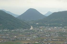 白峰山から見る讃岐富士