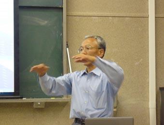 「うどん特別講義」中の三木英三先生@香川大学農学部